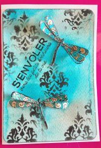 Carte scrap 3D avec tampon libellules encres memento et pochoir